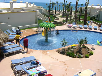 Las Palmas Pool & Ocean View